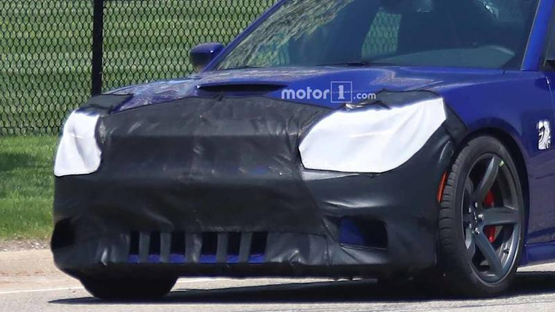 Refreshed Dodge Charger Srt Hellcat Spied For First Time
