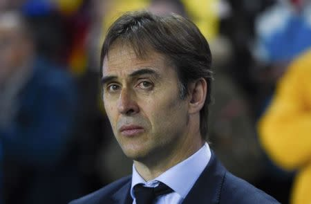 Football Soccer - Spain v Israel - 2018 World Cup Qualifying European Zone - Group G - El Molinon Stadium, Gijon, Spain, 24/3/17 Spain's head coach Julen Lopetegui looks on before match. REUTERS/Eloy Alonso