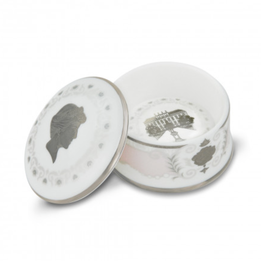 """<p>Adorned with symbols associated with the late royal's time spent at Kensington Palace, this bone china trinket box is the perfect gift for those fascinated by the life of Princess Diana.<br><em><a rel=""""nofollow noopener"""" href=""""http://www.historicroyalpalaces.com/giftcollections/history/princessdiana-herfashionstory-kensington/princessdiana-finebonechina-trinketbox-kensingtonpalace-pink.html"""" target=""""_blank"""" data-ylk=""""slk:Historic Royal Palaces"""" class=""""link rapid-noclick-resp"""">Historic Royal Palaces</a>, £29.99</em> </p>"""