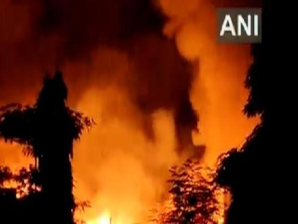 Visuals of the fire from Mankhurd area of Mumbai (Photo/ANI)