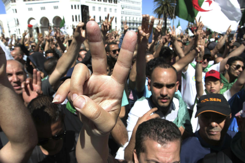 Algerian protesters gather during an anti-government demonstration in the centre of the capital Algiers, Algeria, Friday, May 31, 2019. (AP Photo/Fateh Guidoum)