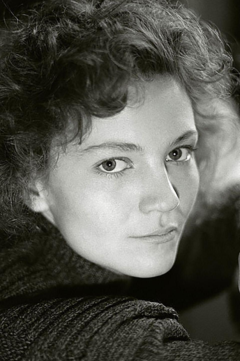 <p>Before audiences saw Joan Allen debut in films like <em>Compromising Positions </em>or <em>Manhunter </em>(made within a year of each other), the actress built a solid career on the stage, winning a Tony for Best Actress for her role in <em>Burn This</em> in 1988.</p>