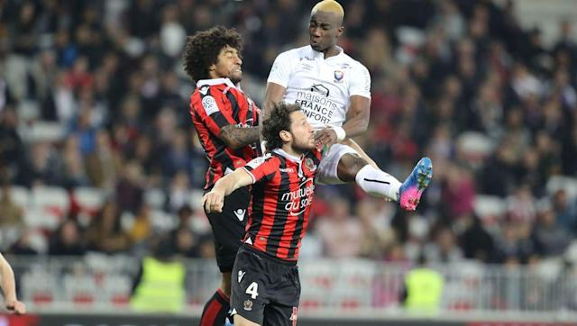 <p>Back three: <strong>Malang Sarr, Paul Baysse and Dante</strong></p> <br><p>No one would have expected Nice to have done as well as they have done this year, with Luicen Favre's men all but confirmed for a Champions League finish. A back three has been a rare commodity this season, just 10 times, but when used it's worked wonders. Former Bundesliga star Dante has combined especially well with one of Europe's best prospects, under 18 French international captain Malang Sarr.</p> <br><p>Average goals conceded per game: <strong>1</strong></p>