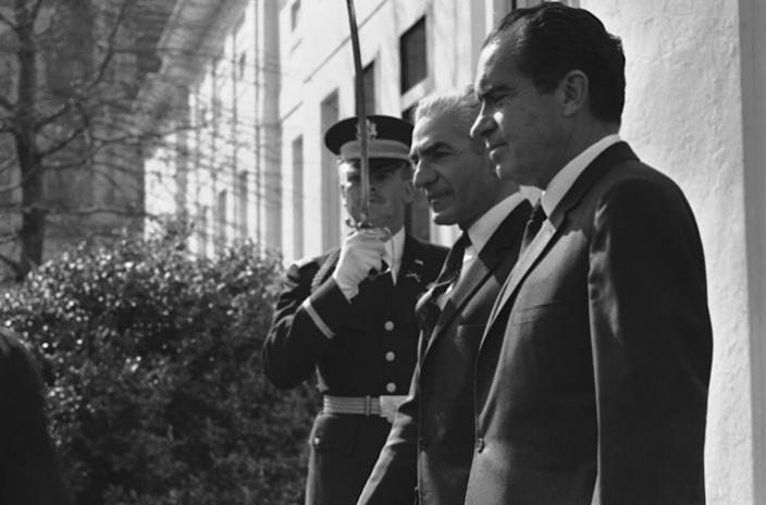 """<span class=""""caption"""">Nixon hosted Iranian Shah Reza Pavlavi at the White House in 1969.</span> <span class=""""attribution""""><a class=""""link rapid-noclick-resp"""" href=""""http://www.apimages.com/metadata/Index/Watchf-Associated-Press-Domestic-News-Dist-of-/a6784660844b49a69c5fc2b4e34e53df/211/0"""" rel=""""nofollow noopener"""" target=""""_blank"""" data-ylk=""""slk:AP Photo"""">AP Photo</a></span>"""