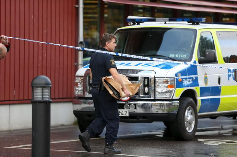 Stockholm truck attack: Uzbek suspect confesses to committing 'terror crime'