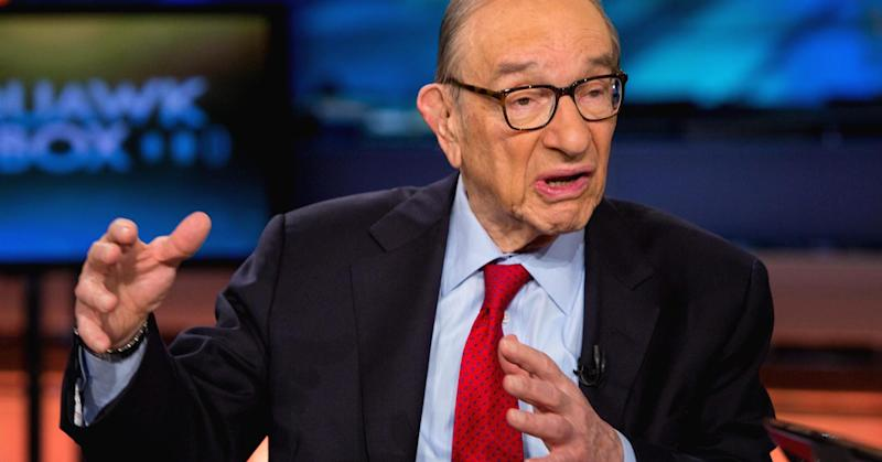 Greenspan compares bitcoin to Colonial America currency that eventually became worthless