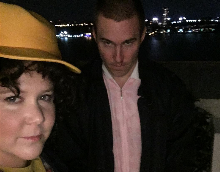 "Amy Schumer and her boyfriend's ""Stranger Things"" costumes are completely amazing"