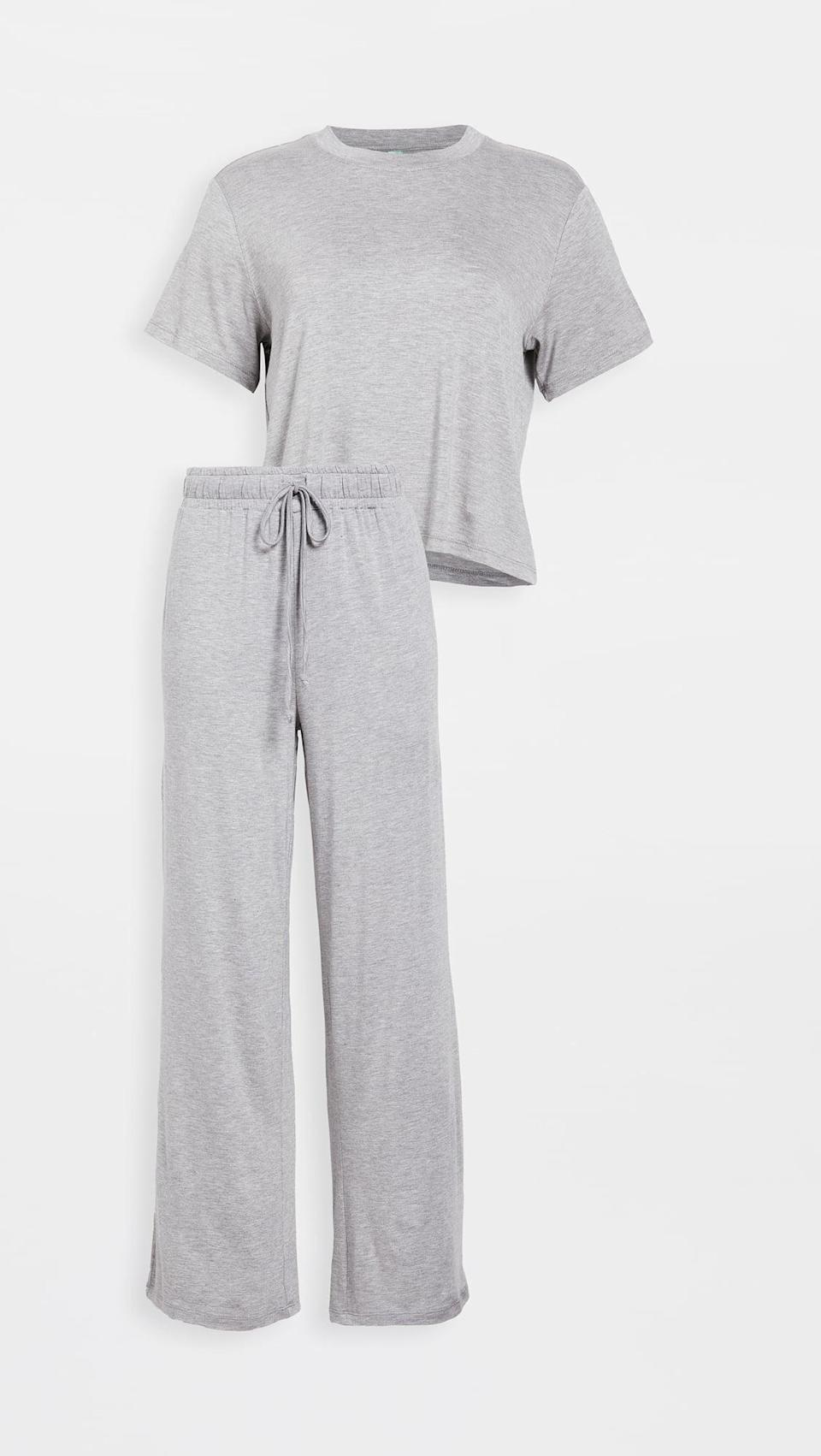 <p>There's nothing not to like about this classic <span>Honeydew Intimates All American PJ Set</span> ($48). It's cozy and minimal, just the way we like it.</p>