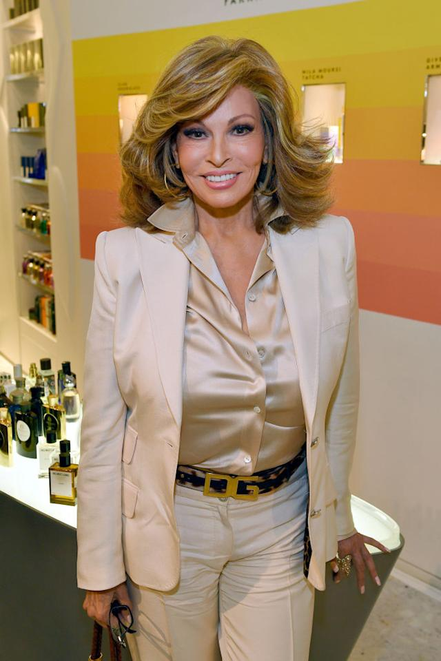 <p>Raquel Welch — absolute fox — stepped out in a statement all-creme look in New York. Unsurprisingly, her voluminous 'do was on point, perfectly complementing her gold hoops. <i>(Getty Images)</i> </p>