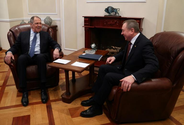 Russian Foreign Minister Sergei Lavrov (L) met his Belarus counterpart Vladimir Makey