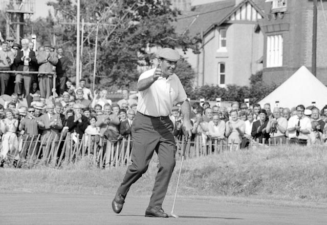"""<h1 class=""""title"""">roberto-devicenzo-open-championship-1967.jpg</h1> <div class=""""caption""""> Roberto De Vicenzo of Argentina celebrates during the 1967 Open Championship at Royal Liverpool Golf Club, Hoylake, England </div> <cite class=""""credit"""">R&A Championships</cite>"""