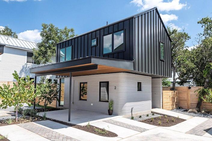 One of the first four 3D printed complete homes in the United States, designed by Logan Architecture and built by construction technology company ICON.