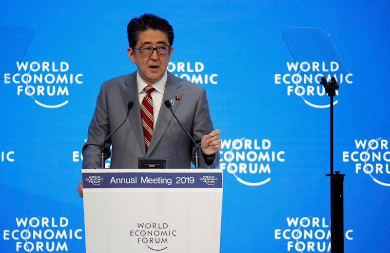 Japanese Prime Minister Shinzo Abe attends the World Economic Forum (WEF) annual meeting in Davos, Switzerland, January 23, 2019. REUTERS/Arnd Wiegmann