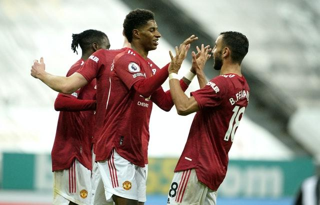 Manchester United left it late but hit back from their Tottenham humiliation