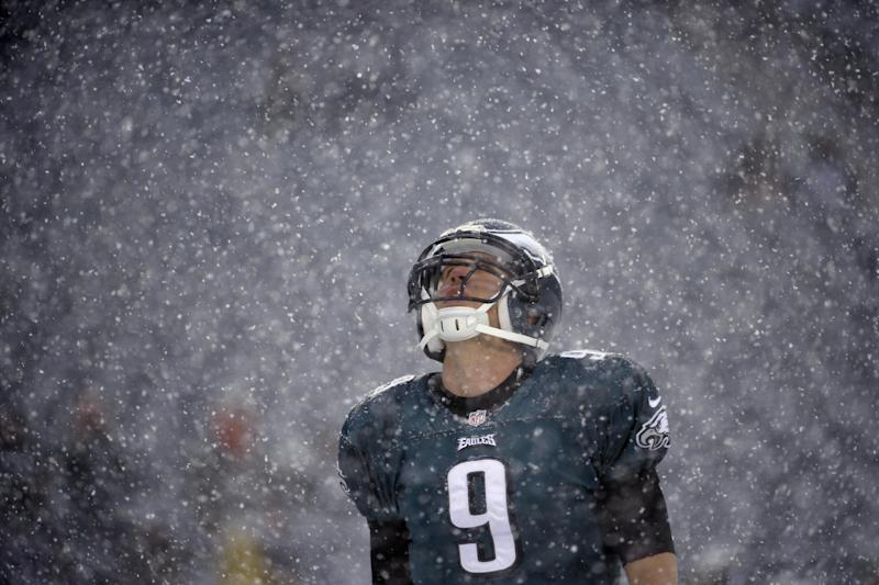 Nasty weather hits several NFL games