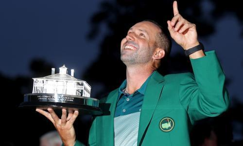 Sergio García wins the Masters after beating Justin Rose in a dramatic play-off