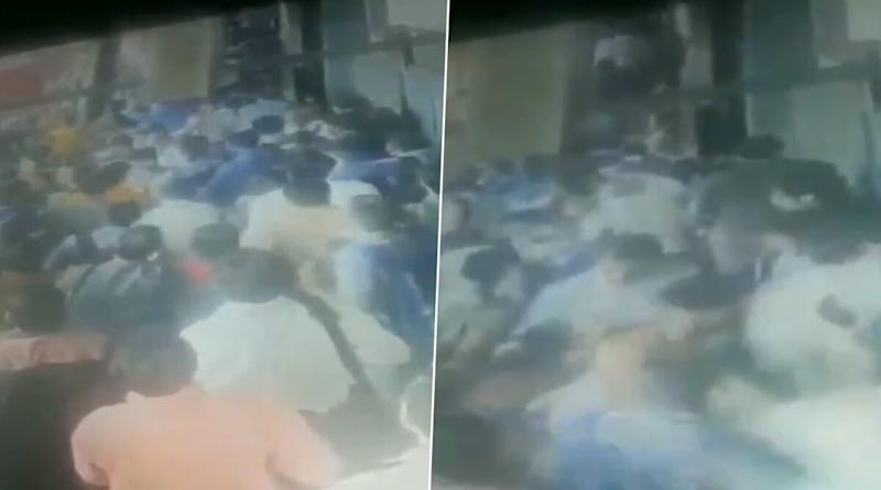 Mumbai: Escalator at Andheri Station Accidentally Runs in backward Direction, Stampede Like Situation Created; Watch Video