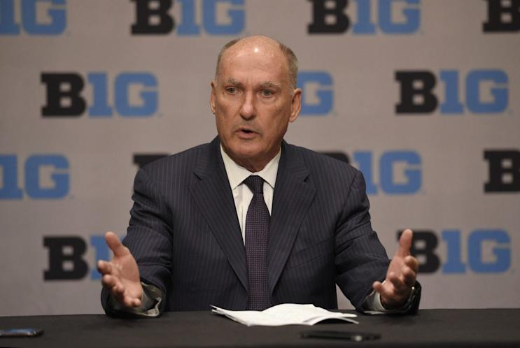 Big Ten commissioner Jim Delany says his league is the latest to consider going to a 20-game conference schedule. (AP)