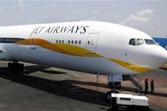 Jet Airways, Jet Airways flight mangalore from bengaluru, Jet Airways flight 9W 713, smoke in jet aiway flight