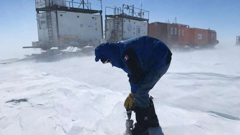 French scientists probe deep into Antarctica for clues on climate change