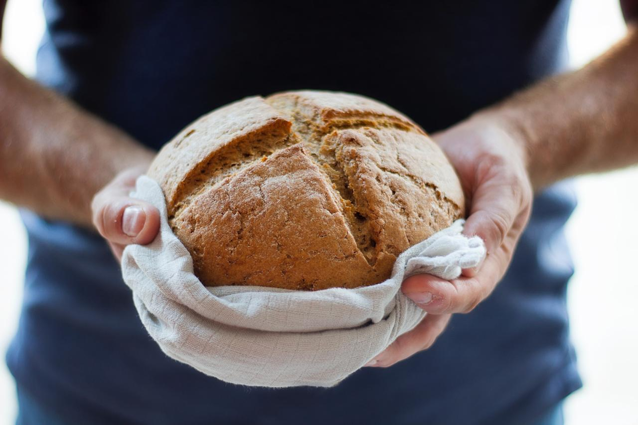 """<p>Got some leftover bread from your Christmas lunch? The Irish have a good use for it – they use it to bang against the walls and doors of their home, and chase out any bad luck. The ritual – believed to bring good spirits into the house – is also done in the hope of having enough bread for the year ahead. [Photo: Unsplash/<u><a rel=""""nofollow"""" href=""""https://unsplash.com/@studioktr"""">Kate Remmer</a></u>] </p>"""