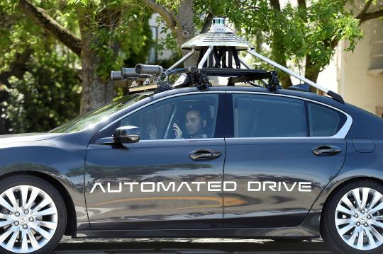 <p>An autonomous version of Acura's RLX Sport Hybrid SH-AWD drives at carmaker Honda's testing grounds at the GoMentum Station autonomous vehicle test facility in Concord, California June 1, 2016. (Noah Berger/REUTERS) </p>