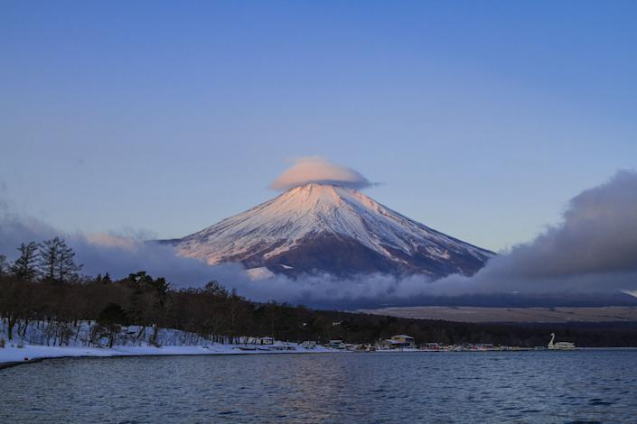 Mt. Fuji appears to be wearing a lenticular cloud hat.