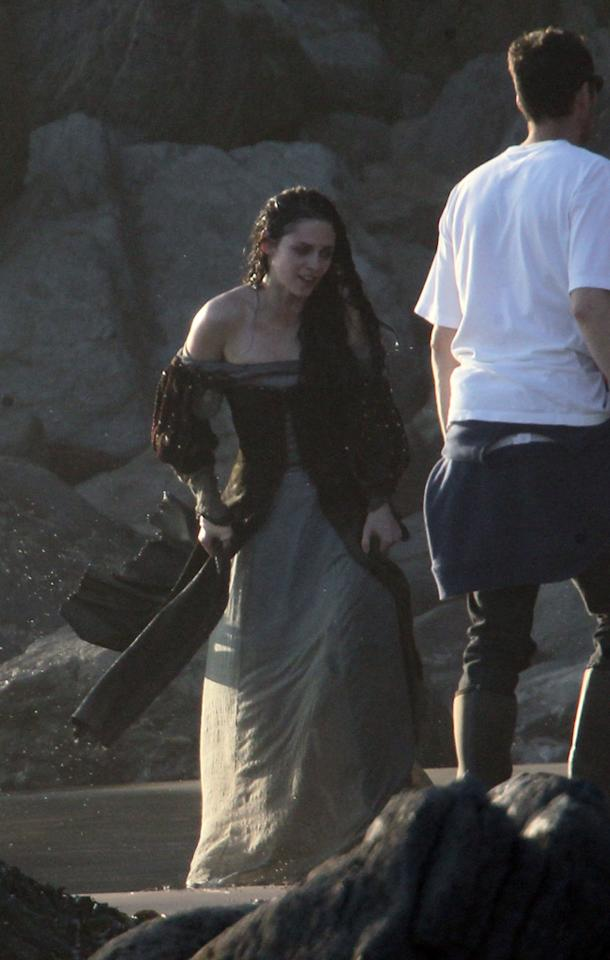 "<a href=""http://movies.yahoo.com/movie/contributor/1807776250"">Kristen Stewart</a> is seen on the set of her new film ""Snow White and the Huntsman"" in Surrey."