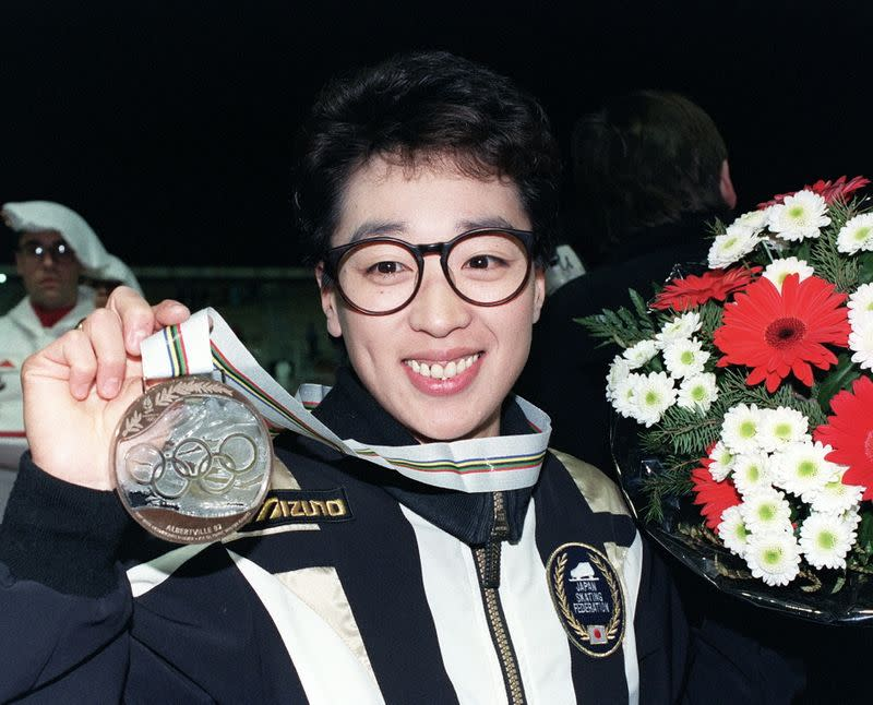 Japanese speed skater Seiko Hashimoto shows her medal at 1992 Winter Olympics in Albertville