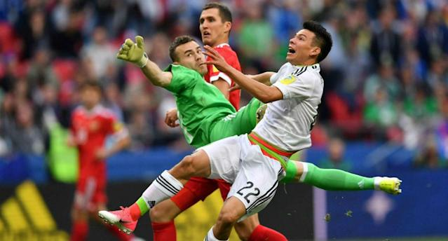 "Mexico's <a class=""link rapid-noclick-resp"" href=""/olympics/rio-2016/a/1097140/"" data-ylk=""slk:Hirving Lozano"">Hirving Lozano</a> (22) scored the game-winning goal thanks to <a class=""link rapid-noclick-resp"" href=""/soccer/players/igor-akinfeev"" data-ylk=""slk:Igor Akinfeev"">Igor Akinfeev</a>'s second goalkeeping blunder of the match. (Sporting News)"