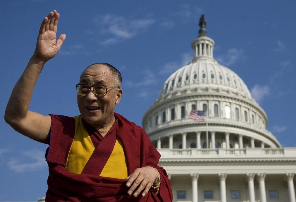The Dalai Lama visits the Capitol in Washington, DC in 2007 (AFP Photo/Mandel Ngan)