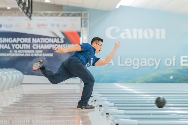 Singapore bowler Marcus Lim in action at the 50th Singapore National Bowling Championships. (PHOTO: Eldridge Chang)