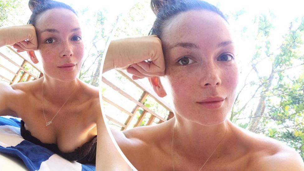 <p>Chrissy Teigen's bare-faced selfie featuring topless hubby</p>