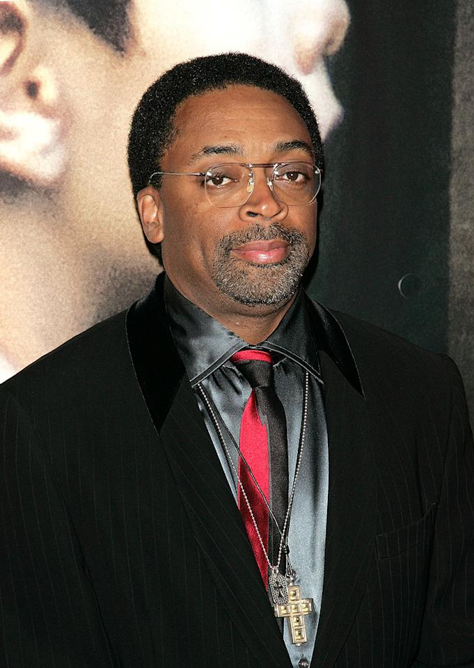 "Director <a href=""http://movies.yahoo.com/movie/contributor/1800019419"">Spike Lee</a> at the New York City premiere of <a href=""http://movies.yahoo.com/movie/1809947151/info"">Miracle at St. Anna</a> - 09/22/2008"