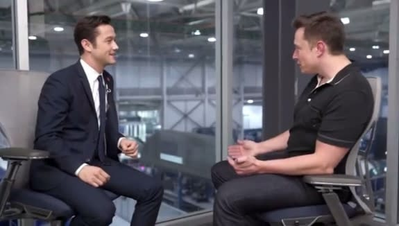 SpaceX's Elon Musk and Joseph Gordon-Levitt Talk Manned Mars Missions (Video)