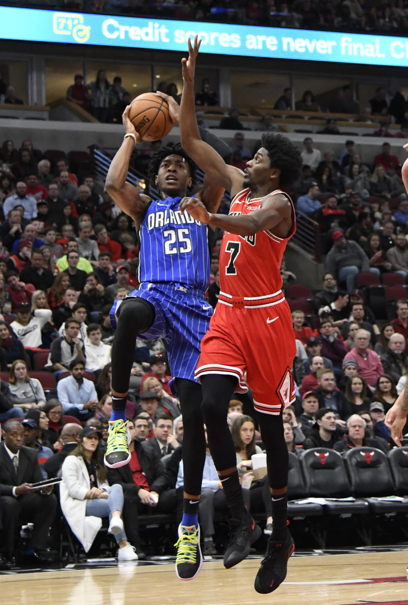 sports shoes 8cd7e 96439 Grizzlies acquire Justin Holiday from Bulls