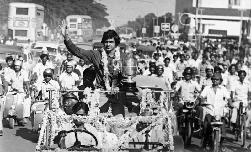 Prakash Padukone at the ticker-tape parade in Bangalore after his 1980 All-England win.