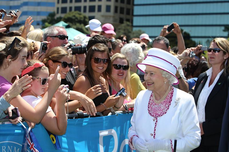 PERTH, AUSTRALIA - OCTOBER 29: Queen Elizabeth II greets well-wishers on the final day of the Queen's Australian tour at the Great Aussie BBQ on October 29, 2011 in Perth, Australia. The Queen and Duke of Edinburgh visited Canberra, Brisbane, and Melbourne before heading to Perth for the Commonwealth Heads of Government meeting. The end of this visit marks the Queen's 16th to Australia. (Photo by Murty Colin - Pool/Getty Images)
