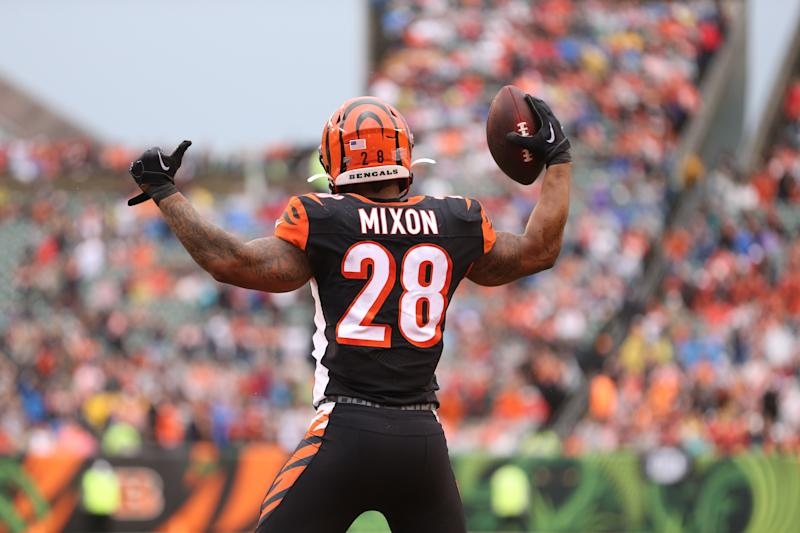 CINCINNATI, OH - DECEMBER 29: Cincinnati Bengals running back Joe Mixon (28) reacts after a touchdown during the game against the Cleveland Browns and the Cincinnati Bengals on December 29th 2019, at Paul Brown Stadium in Cincinnati, OH. (Photo by Ian Johnson/Icon Sportswire via Getty Images)