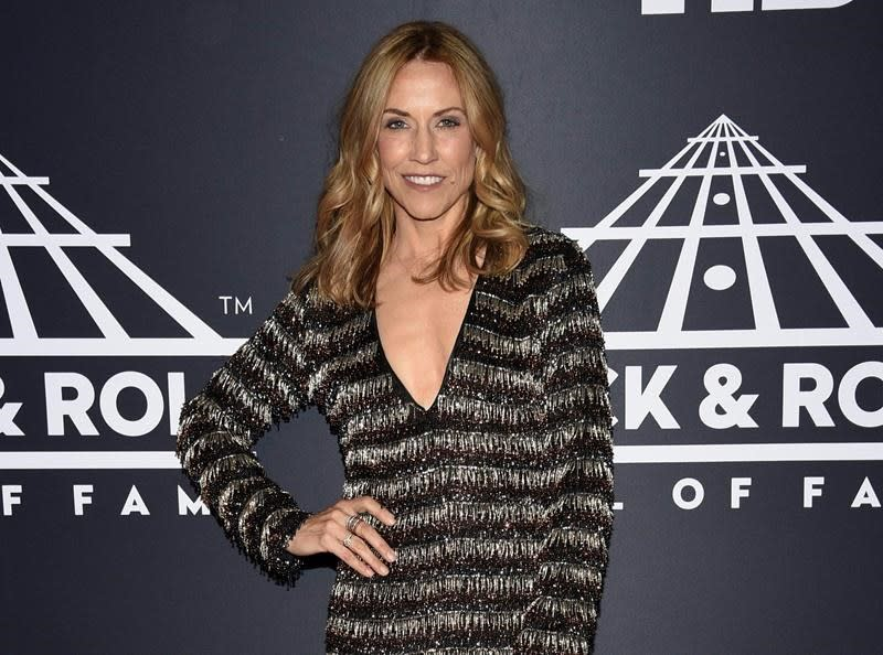 Sheryl Crow records 'Redemption Day' with Johnny Cash vocals