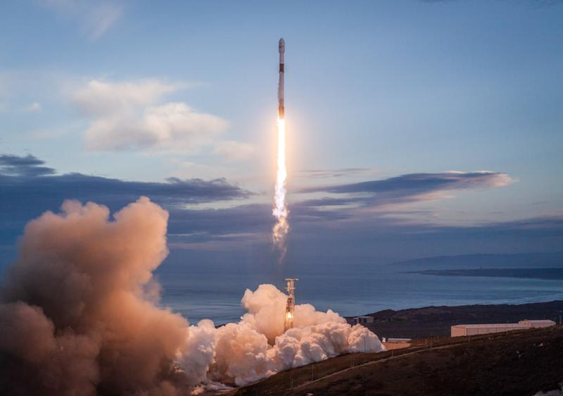SpaceX scrubs its 10th Starlink satellite launch once again