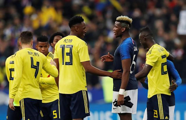 Soccer Football - International Friendly - France vs Colombia - Stade De France, Saint-Denis, France - March 23, 2018 France's Paul Pogba shakes hands with Colombia's Yerry Mina after the match REUTERS/Gonzalo Fuentes