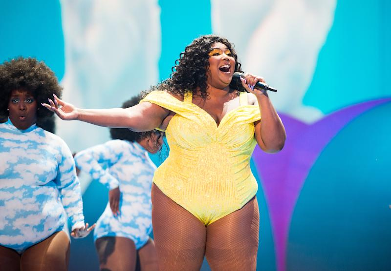 NEWARK, NEW JERSEY - AUGUST 26: Lizzo performs onstage during the 2019 MTV Video Music Awards at Prudential Center on August 26, 2019 in Newark, New Jersey. (Photo by John Shearer/Getty Images)