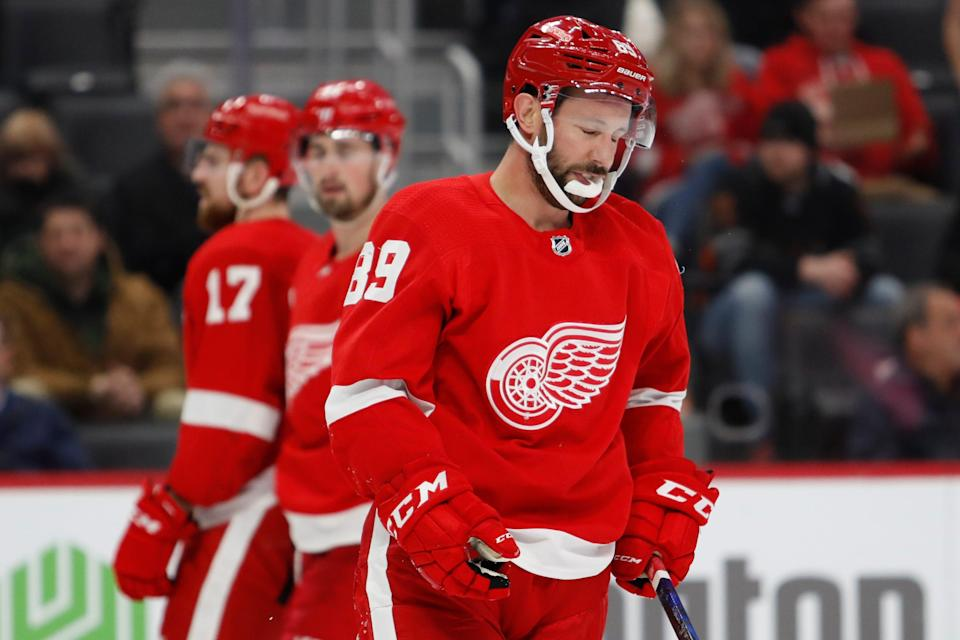 Detroit Red Wings center Sam Gagner (89) skates off the ice with an apparent injury March 10, 2020, during the second period against the Carolina Hurricanes at Little Caesars Arena in Detroit.