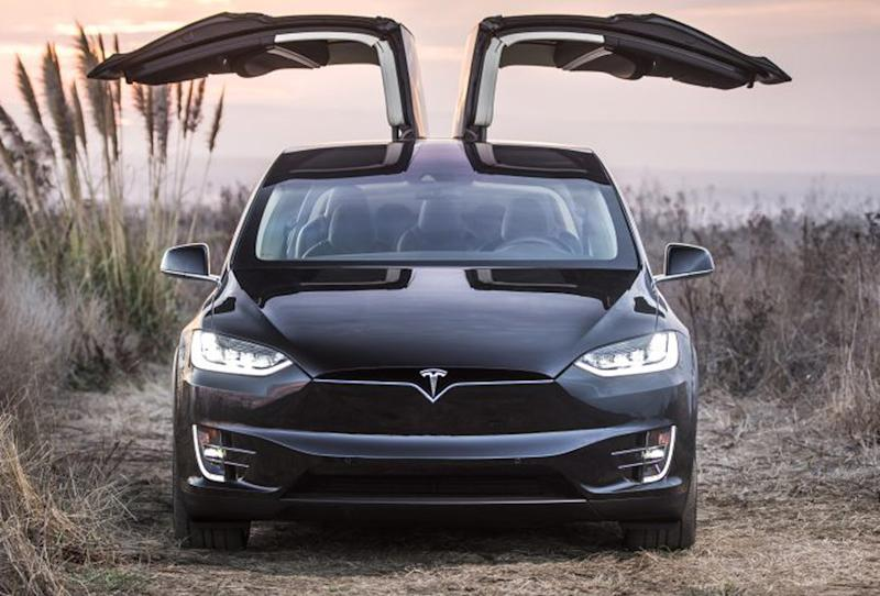 Tesla reportedly phases out one of its entry-level options, the Model X 60D