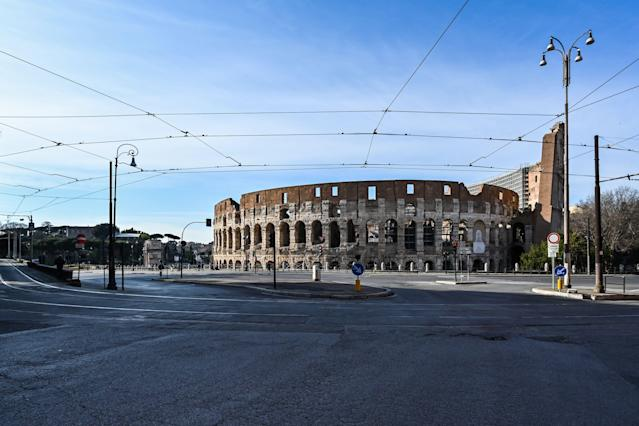 A deserted area and a closed Colosseum monument in Rome on March 10, 2020 (Credit: Alberto Pizzoli/AFP)