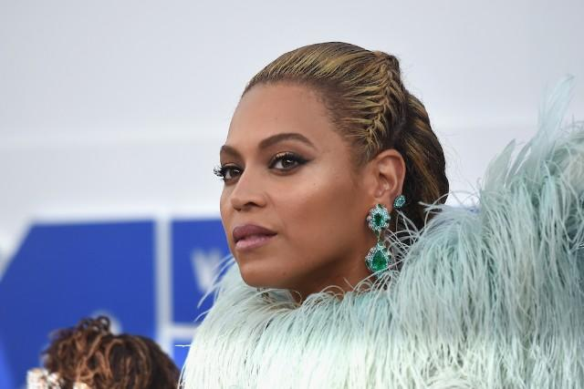 """""""Formation""""-Hating Trump Surrogate Deletes Facebook After Beyhive Spam"""