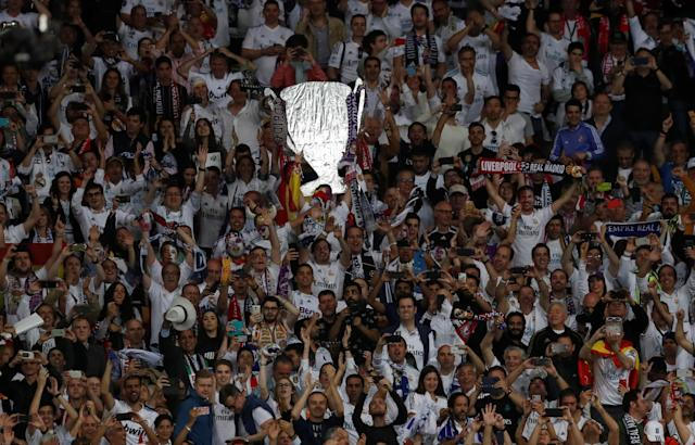 Soccer Football - Champions League Final - Real Madrid v Liverpool - NSC Olympic Stadium, Kiev, Ukraine - May 26, 2018 Real Madrid Fans celebrate REUTERS/Andrew Boyers