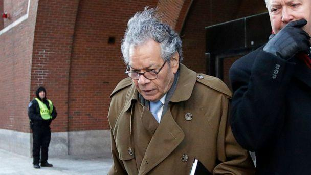 PHOTO: In this Jan. 30, 2019, file photo, Insys Therapeutics founder John Kapoor leaves federal court in Boston. (Steven Senne/AP, File)