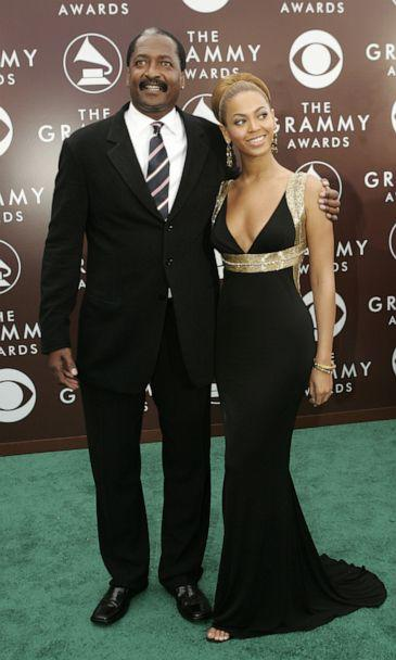 PHOTO: Singer Beyonce and her father Mathew Knowles arrive at the 47th annual Grammy Awards at the Staples Center in Los Angeles, February 13, 2005. (Robert Galbraith/Reuters, FILE)